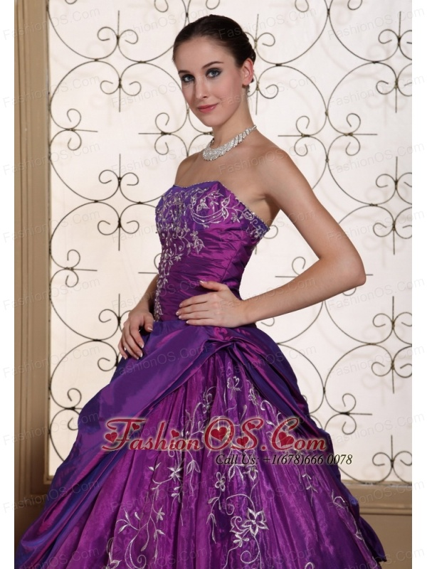 Modest Purple Quinceanera Dress For 2013 Taffeta and Organza With Embroidery