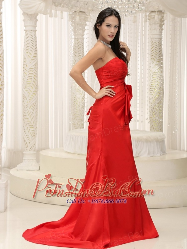Sweetheart Red Mother Of The Bride Dress Dress Ruched Bodice Brush Train Lace-up