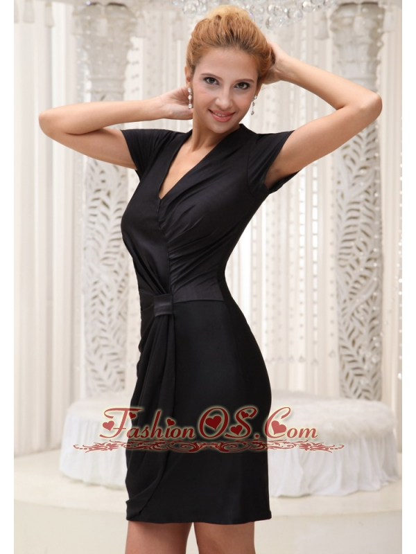 V-neck Black Short Sleeves Mother Of The Bride Dress For 2013 Mini-length