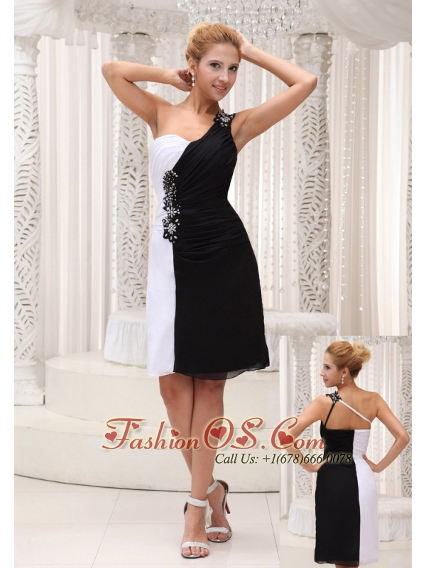 White and Black 2013 Prom / Homecoming Dress With One Shoulder Beading On Chiffon