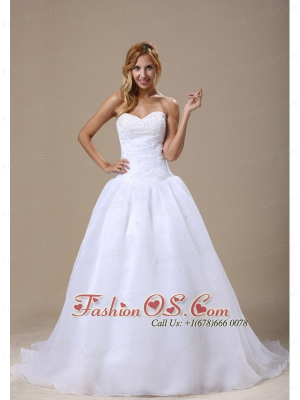 Beaded Decorate Sweetheart Neckline Ruched Decorate Bodice A-line Organza Court Train 2013 Wedding Dress