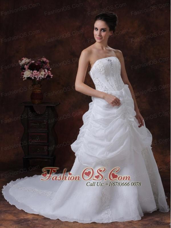 Beading Strapless Stylish Organza Customize Court Train Wedding Dress