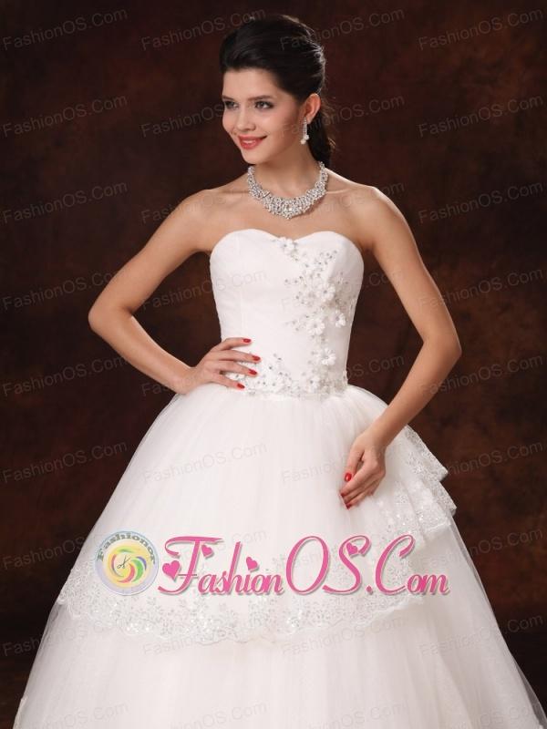 Designer ball gown appliques sweetheart 2013 new style for Wedding dresses huntsville al