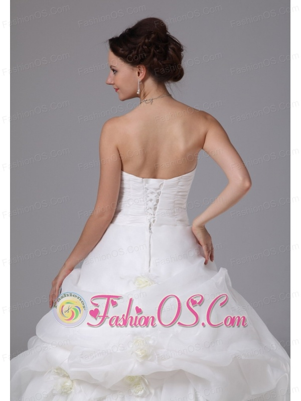 Organza Hand Made Flowers and Pick-ups Low Cost Wedding Dress With Brush Train For Custom Made In Gainesville Georgia