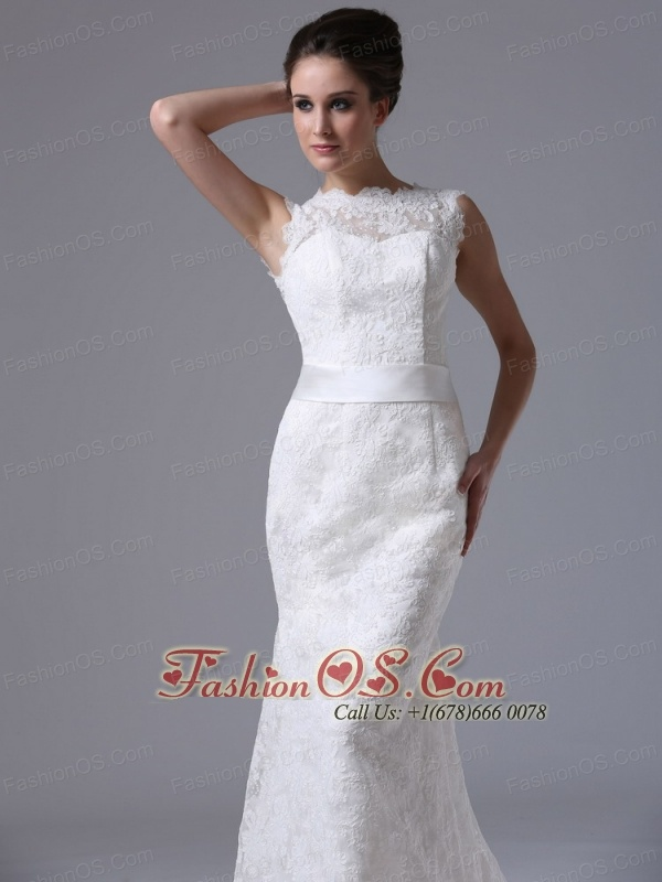 Stylish Lace Brush/Sweep Scoop Mermaid Wedding Dress Button