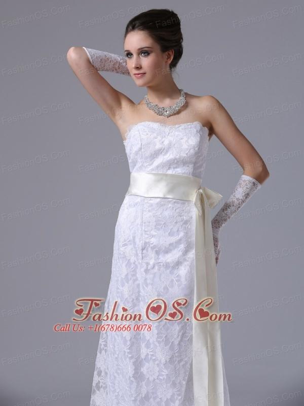 Stylish Strapless Lace Column / Sheath Brush / Sweep 2012 Ankeny Iowa Wedding Dress