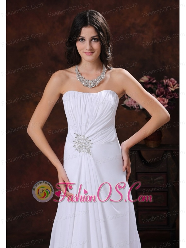 Surprise Arizona Chiffon White Beaded Decorate Sweetheart Low Cost Wedding Dress With Brush Train