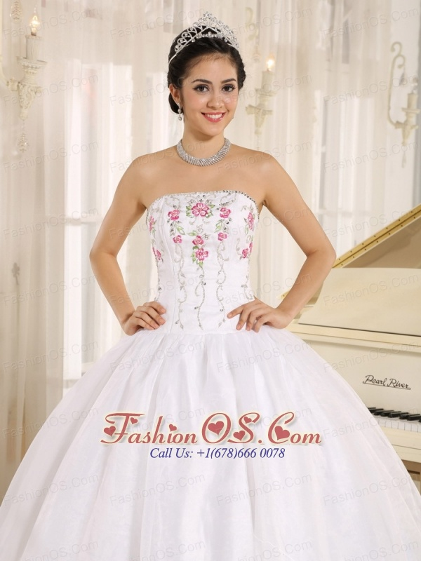 White Embroidery Quinceanera Dress For Custom Made In Kahului City ...