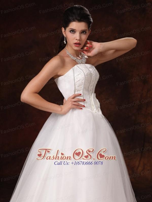 Auburn Alabama Bowknot A-line Floor-length Customize Stylish Wedding Dress For 2013