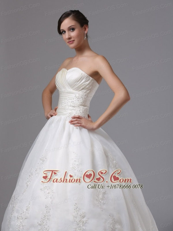 Boulder Creek California City Ruched Bodice and Sweetheart For Sweetheart Ball Gown Wedding Dress