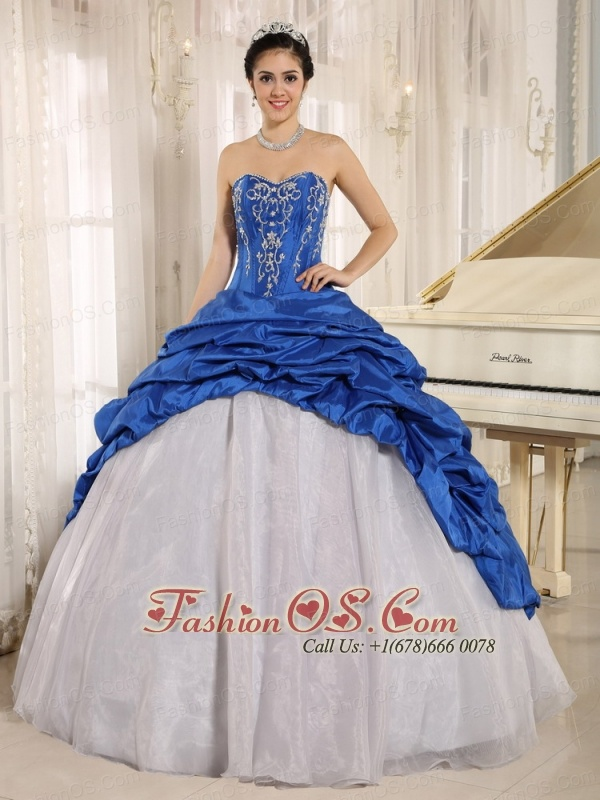 La Plata City Luxurious Blue and White Quinceanera Dress With Embroidery Sweetheart Pick-ups 2013