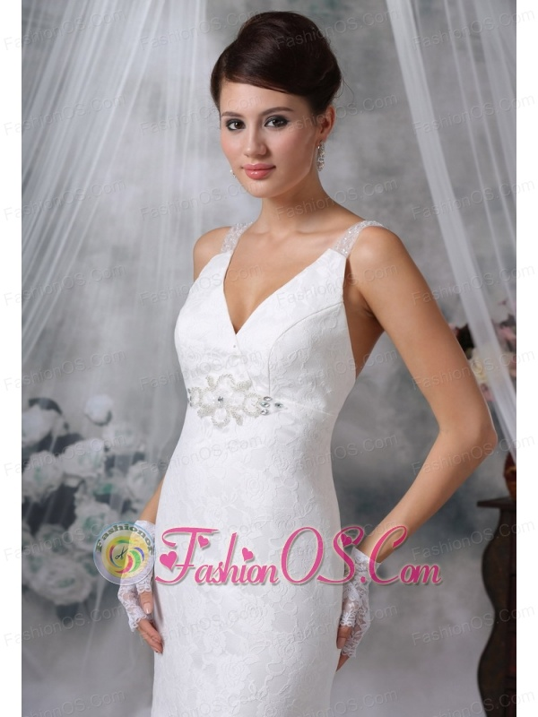 Sioux City Iowa V-neck Lace Decorate Bodice Beaded Decorate Bust Brush Train 2013 Wedding Dress