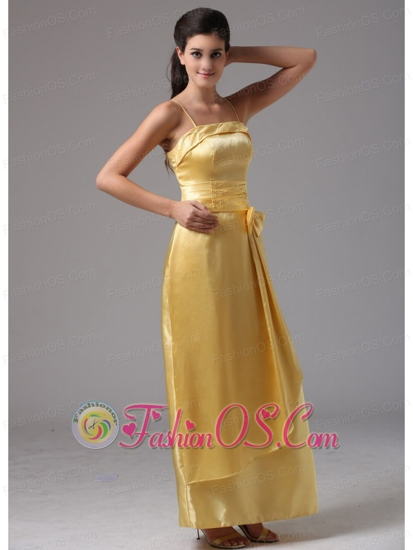 2013 yellow column spagetti straps middletown connecticut for Cheap wedding dresses in ct