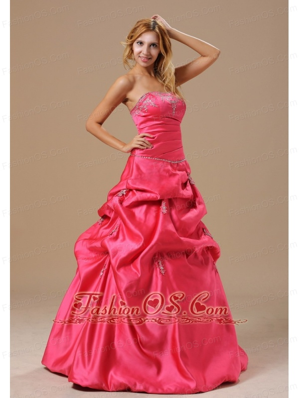 Coral Red In Lansing Michigan City For 2013 Dama Dresses for Quinceanera With Appliques Decorate Bust
