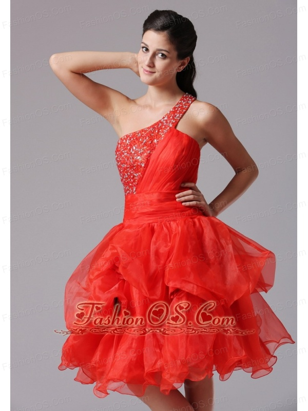 Custom Made Red A-line One Shoulder Beaded Decorate Bust Prom Cocktail Dress With Organza in Monroe Connecticut