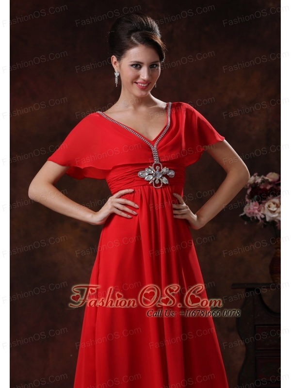 Custom Made Red V-neck Chiffon Dama Dresses for Quinceanera With Short Sleeves In 2013 Kingman Arizona