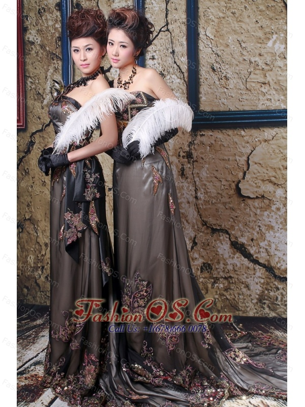 Brown Column Appliques Prom / Evening Dress With Court Train