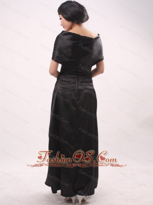 Handle-Made Flowers Column / Sheath Wine Red Mother of the Bride Dress Black
