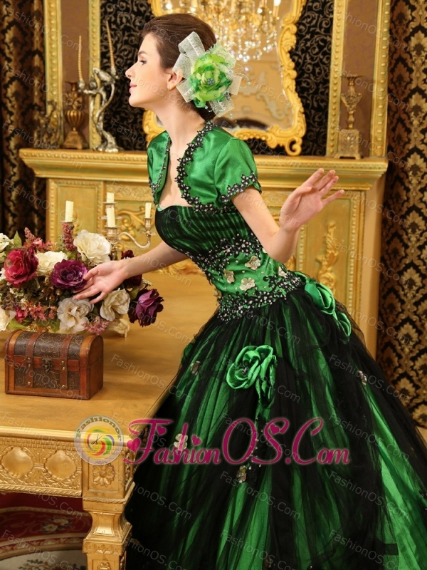 Green And Black A-line Strapless Hand Made Flowers Tulle With Beaded Decorate Waist Custom Made Quinceanera Dress
