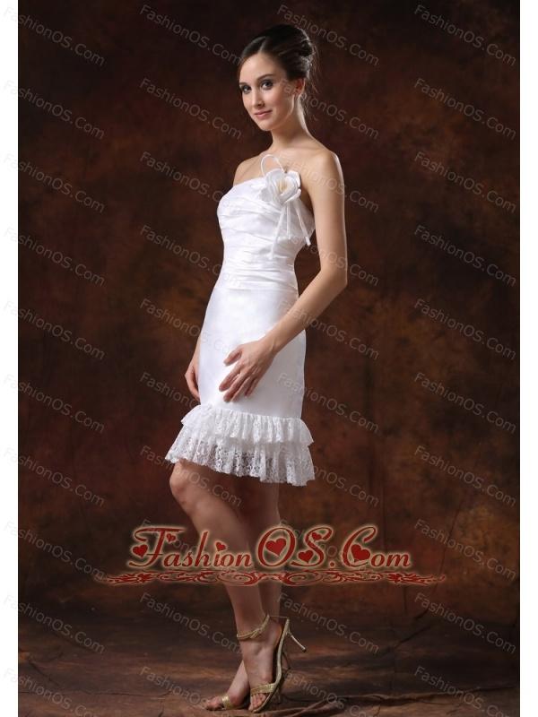 Affordable Taffeta Strapless Knee-length Column / Sheath Lace Wedding Dress