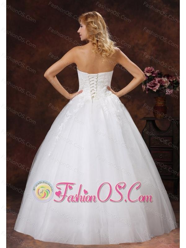 Appliques Decorate Bodice A-line 2013 Wedding Dress Floor-length Strapless