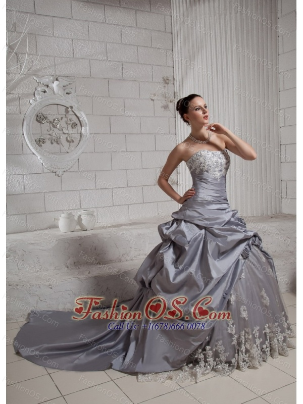 Ball Gown Appliques and Hand Made Flowers Wedding Dress With Chapel Train