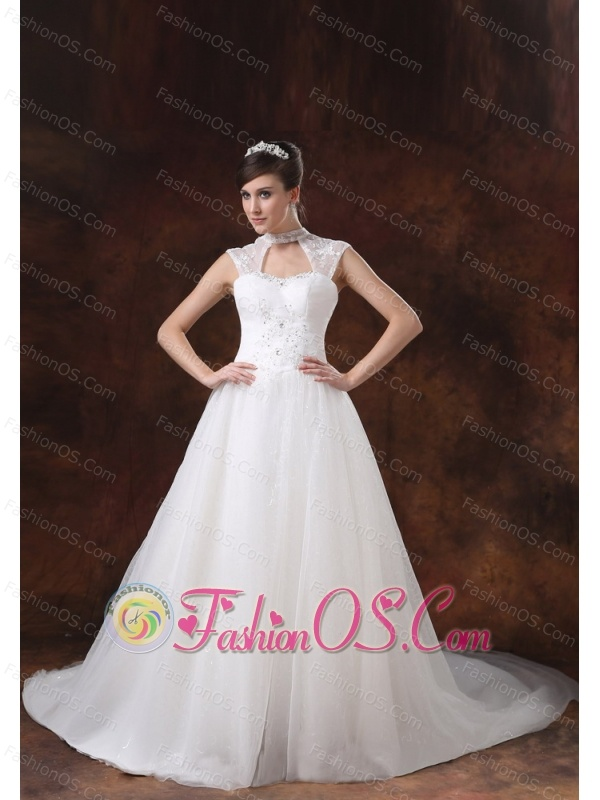 High Neckline White Organza Appliques Decorate Wedding Dress
