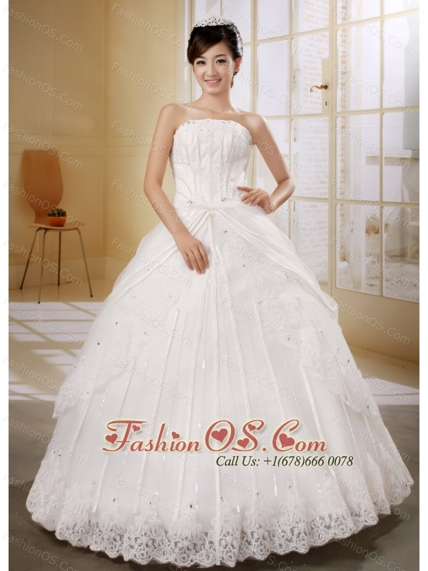 Stylish Wedding Gowns Applqiues Decorate Bust and Beading In 2013