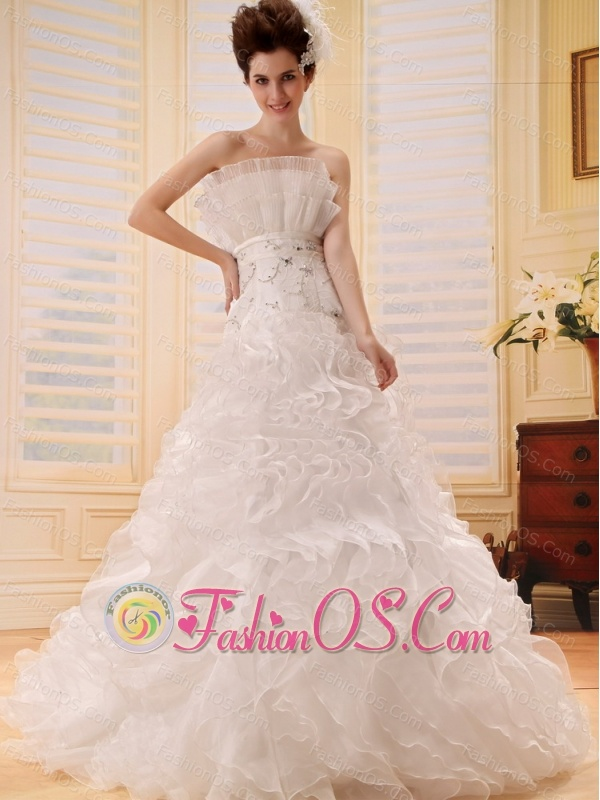 2013 A-line Ruffles Wedding Dress With Appliques Organza In Wedding Party
