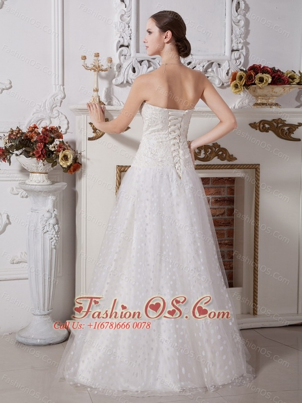 2013 A-line Wedding Dress Special Fabric