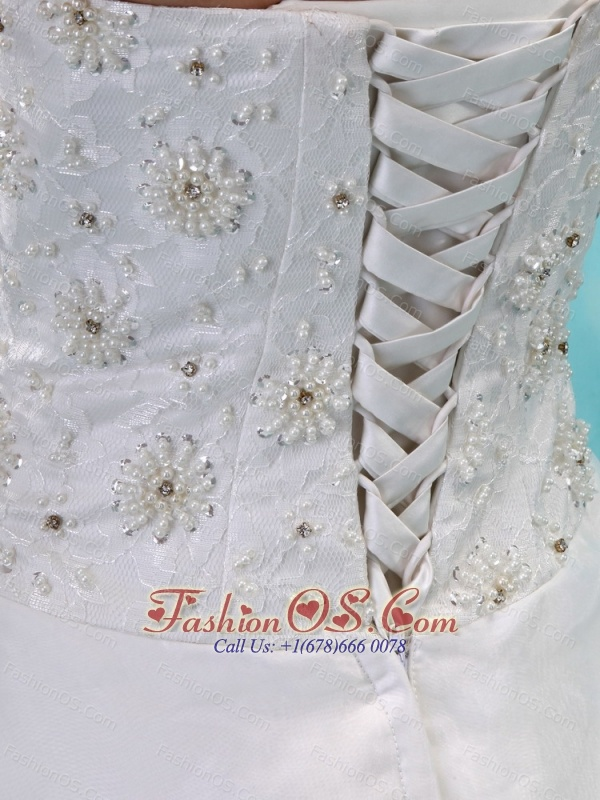 2013 Hand Made Flower and Appliques With Beading Wedding Dress Court Train