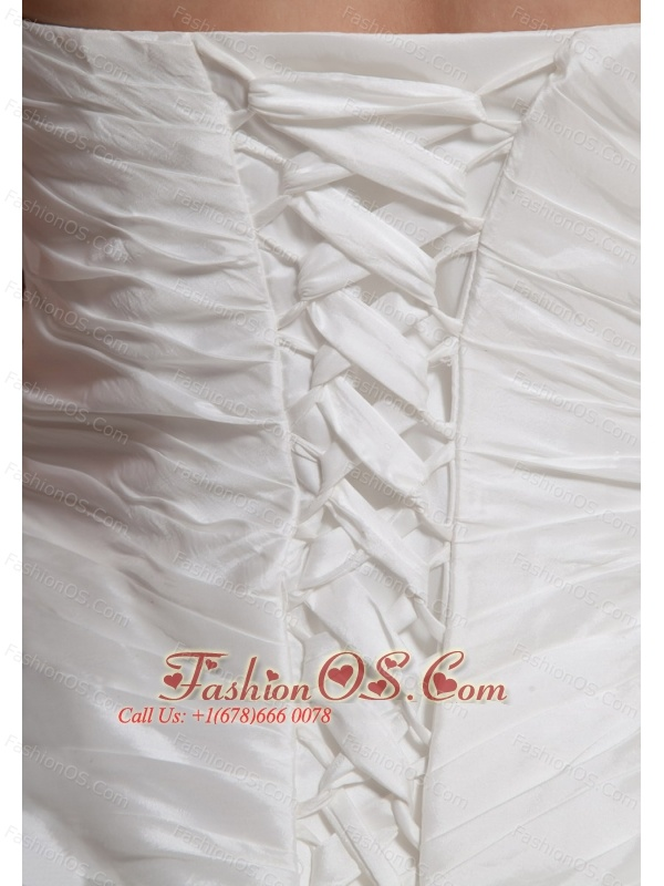 2013 Hand Made Flowers and Lace Wedding Dress With Chapel Train For Custom Made