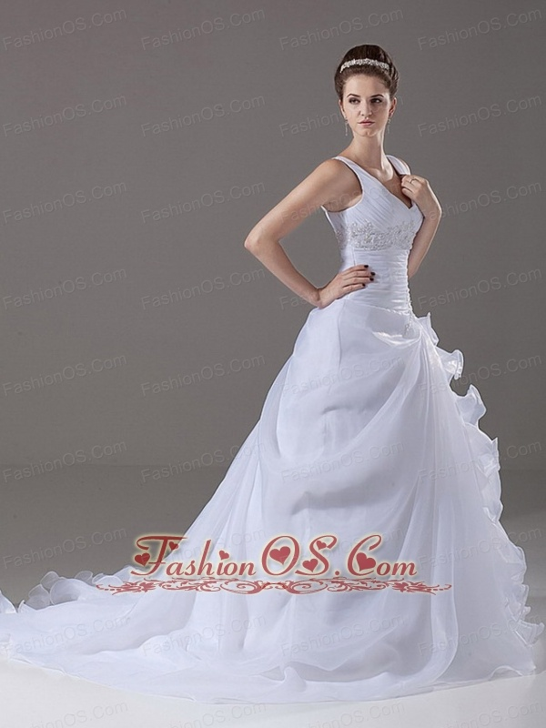 Beading A-Line / Princess Organza V-Neck Court Train 2013 Wedding Dress