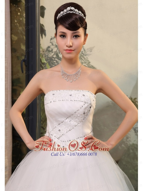 Beading and Sequins Decorate Up Bodice Strapless Tulle Floor-length 2013 Wedding Dress