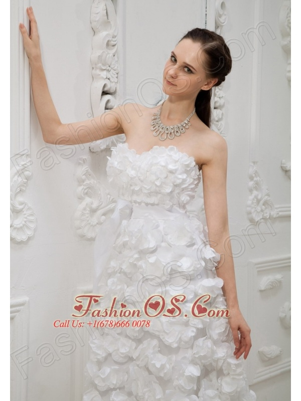 Hand Made Flowers Decorate Bodice High-low Sweetheart Neckline 2013 Wedding Dress