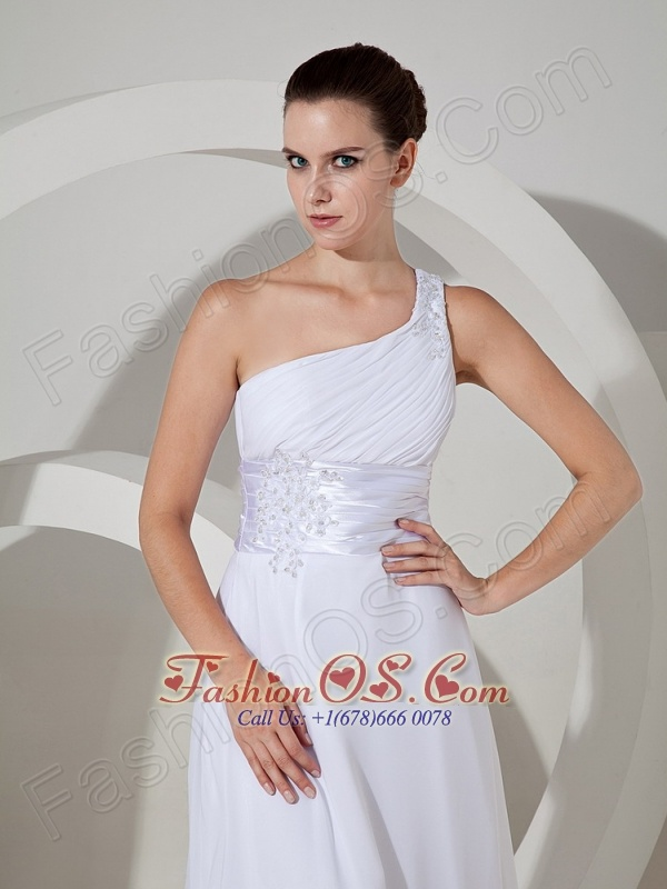 Lace With Beading Decorate Bodice One Shoulder Chiffon Brush Train Cheap Wedding Dress For 2013