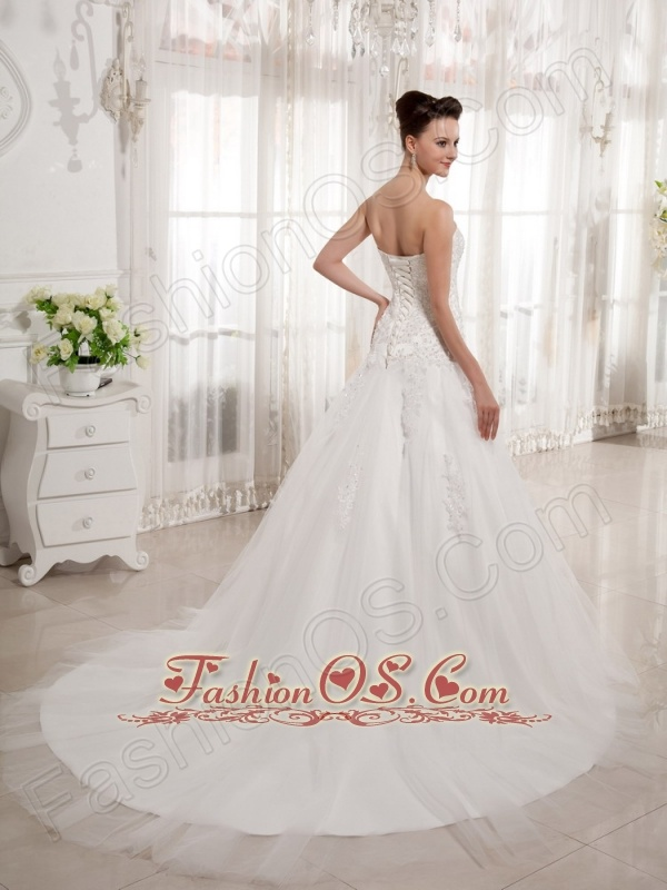 Luxurious Sweetheart Court Train A-line Wedding Gowns With Lace Tulle 2013