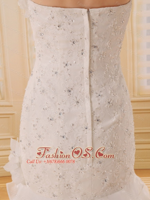 Popular Hand Made Flowers A-line Wedding Dress With Strapless Organza