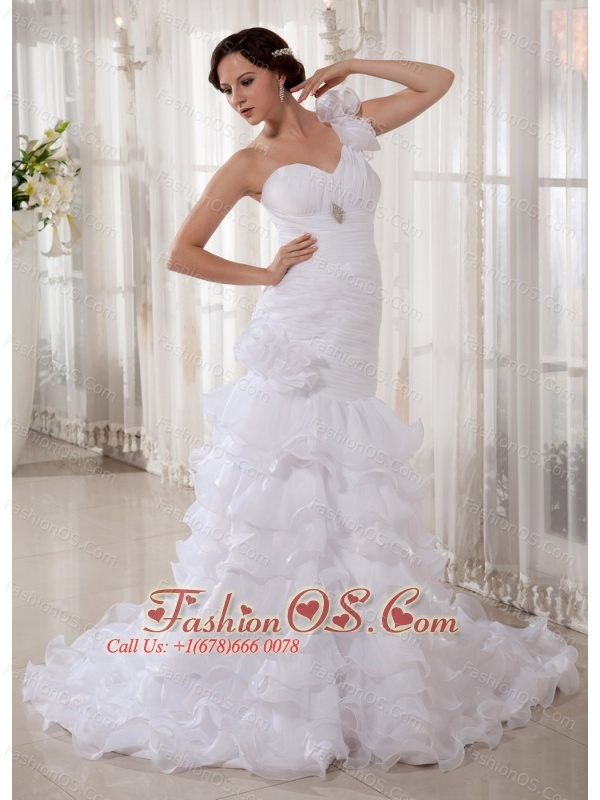 Popular Ruffled Layeres Mermaid Wedding Dress Court Train One Shoulder Beading and Ruch