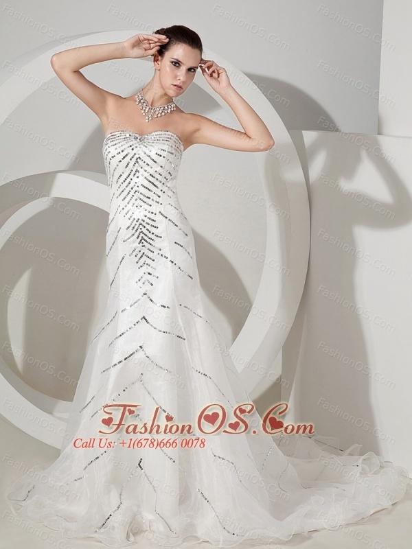Sequins Decorate Bodice Sweetheart Neckline Organza Court Train Exclusive Wedding Dress For 2013