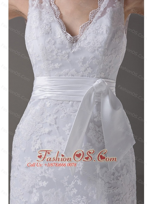 Stylish V-Neck Column / Sheath Sashes/Ribbons Lace Wedding Dress Brush / Sweep