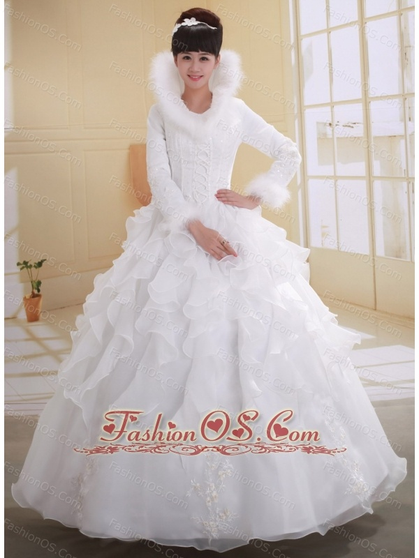 White Ball Gown High-neck Long Sleeves Wedding Dress With Imitated Feather Appliques Decorate
