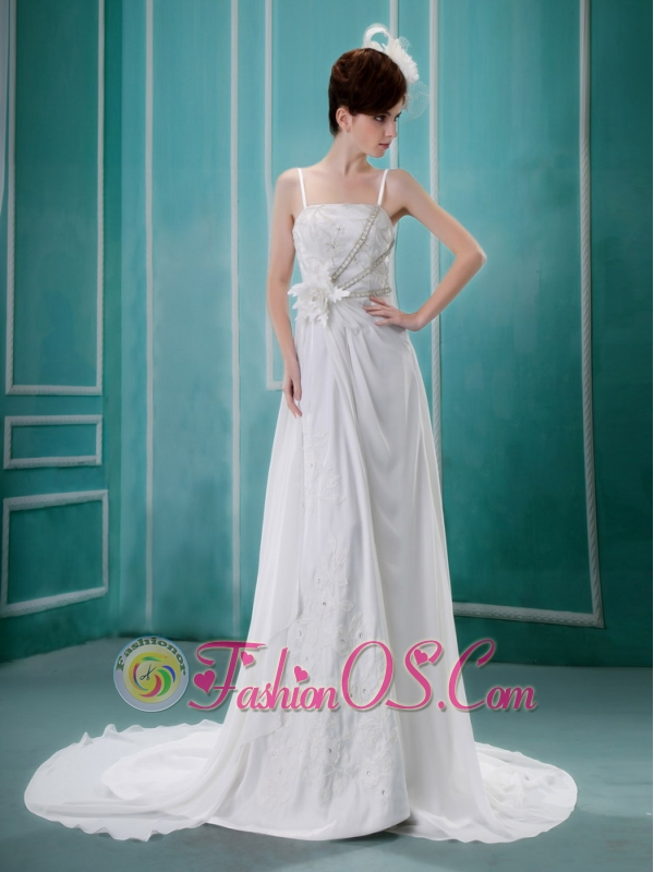 2013 Spaghetti Straps Hand Made Flower and Appliques With Beading Wedding Dress Chapel Train