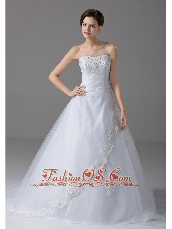 Beading A-Line Strapless Court Train Garden / Outdoor Tulle Wedding Dress