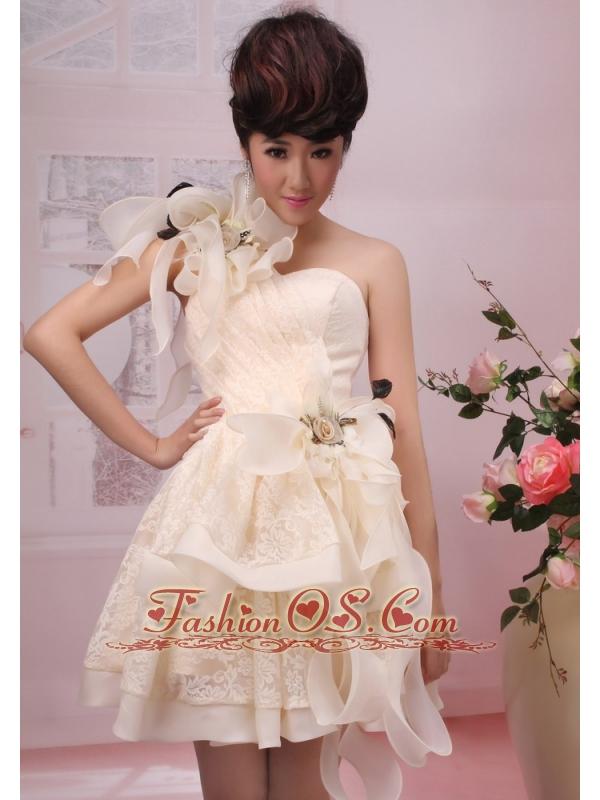 One Shoulder Handle-Made Flowers Organza 2013 Wedding Dress Champagne A-Line / Princess