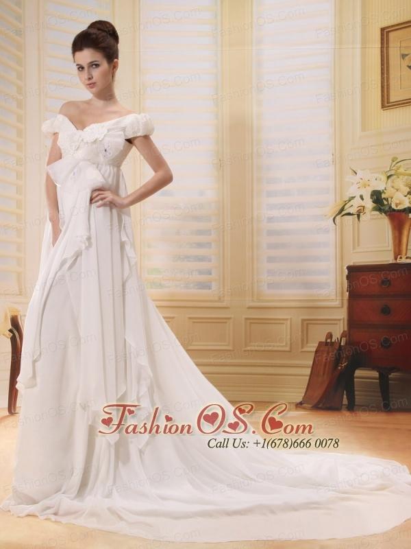 2013 Off The Shoulder Wedding Dress With Appliques Chapel Train