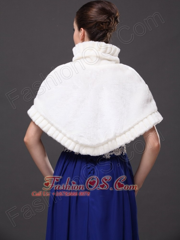 Faux Fur High-Neck White Wedding Party Wrap For Winter
