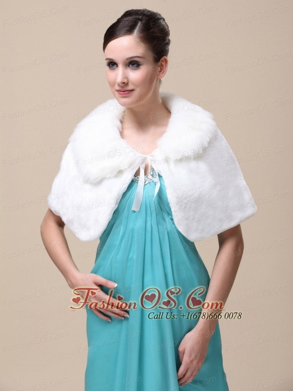 Top Selling High Quality Instock Special Occasion Wedding / Bridal  Shawl  With Fold-over Collar