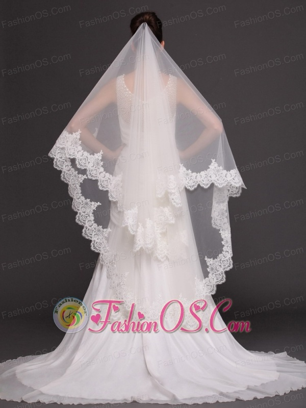 Two-tier Tulle With Lace For Wedding