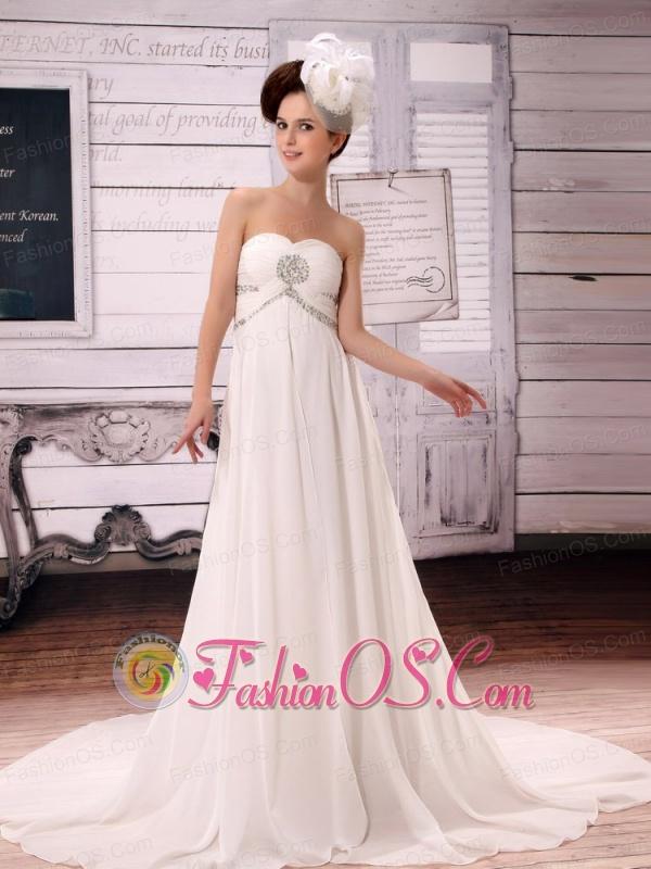 White Simple Sweetheart Chiffon A-Line Court Train Wedding Dress